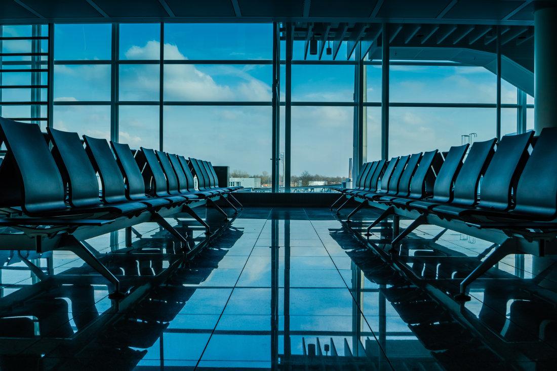 6 Tipps für einen sicheren Schlaf am Flughafen